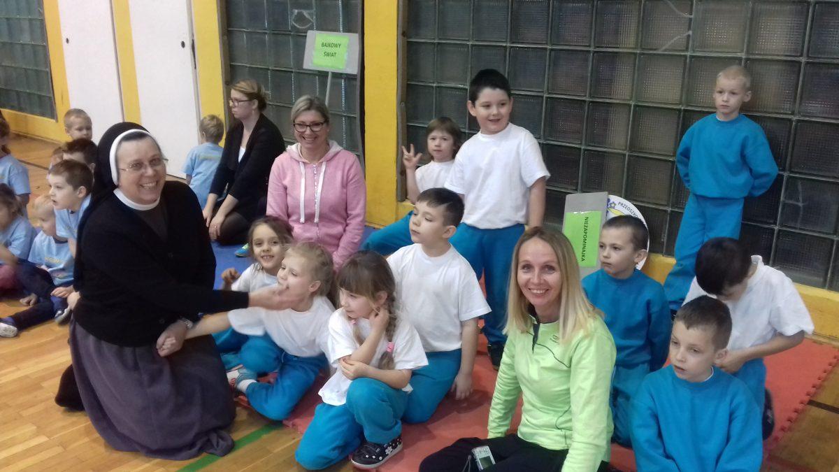 Przedszkole Niezapominajka - zwycięzcy Olimpiady Przedszkolaków 2016 w Śremie